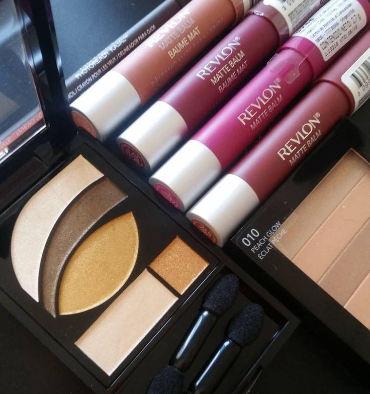 """Verónica Frágola en Instagram: """"Esta es la colección otoño - invierno de @revlonargentina. El quinteto de sombras Photoready 523 Rustic tiene dorados, marrón y un cobre que parecen bien pigmentados. Los labiales son matte y hay nude, marrón, borravino y fucsia. Ya estoy sacando fotos de todo para mostrarles en el blog! #newin #lanzamientos #beautyblogger #maquillaje #beautyblog #makeup"""""""