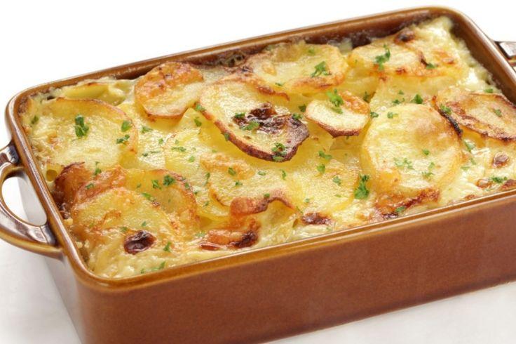 Gratin de pommes de terre aux oignons caramélisés, un délice dans votre assiette