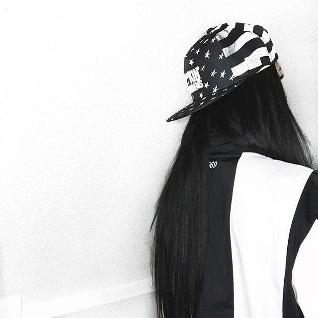 手机壳定制trainer   max breathe black white grey ginizzle Gina Lorena M   Germany on Instagram