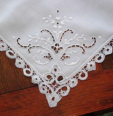 Em's Heart Antique Linens -Antique Cantu Lace Linen Napkins
