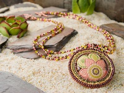 bohemian rhapsody necklace beaded bezel