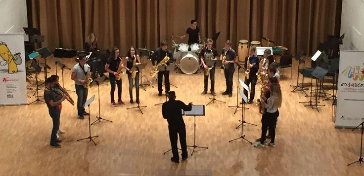 Actuación del III Encuentro de Saxos