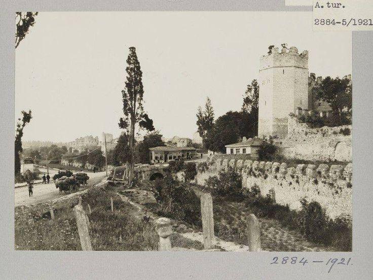Yedikule /1921 http://ift.tt/2dsVVAY
