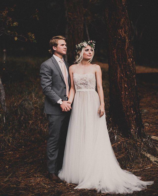 Aspyn Ovard and Parker Ferris Wedding. her dress <3