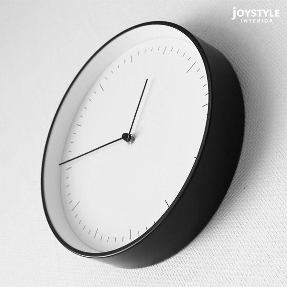 JOYSTYLE interior/商品詳細 直径25cm ブラックスチールを枠に使用したモダンテイストな時計 様々なお部屋に合わせられるシンプルで洗練された掛け時計 置時計にもなります SC タイプ004