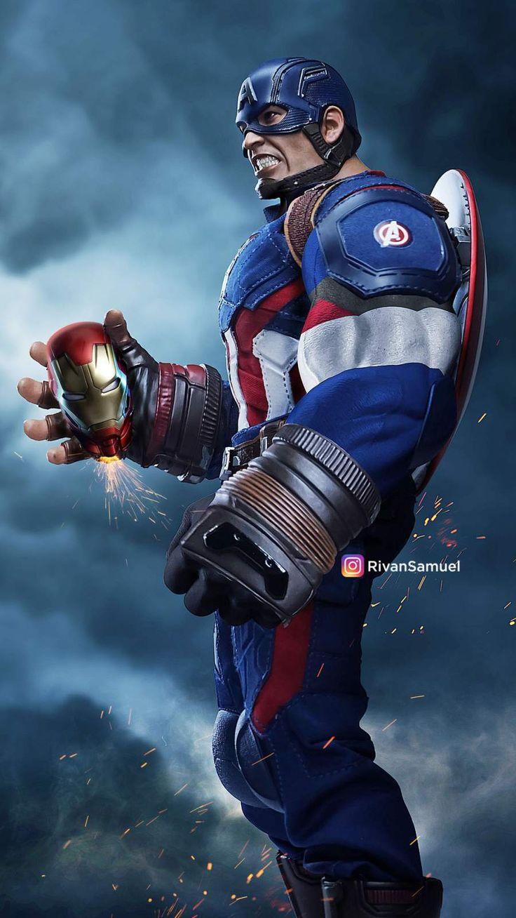 Bulky Captain America iPhone Wallpaper Avengers