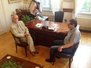 Πάτρα: Στο Δημαρχείο ο Κώστας Πελετίδης – Του παρέδωσε τα κλειδιά ο Γιάννης Δημαράς (ΔΕΙΤΕ ΒΙΝΤΕΟ)
