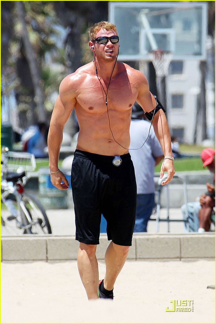 Kellan looking pumped. | Fitness and Sports | Pinterest ...