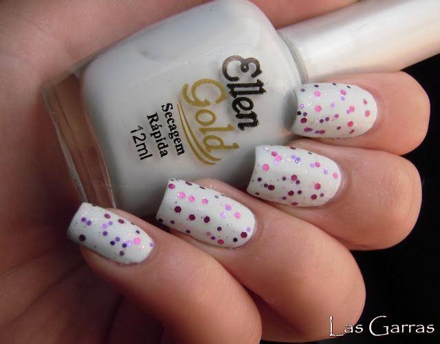 Esmalte Clarinho - Esmalte Branco - Esmalte de Glitter - Unhas Foscas - White Nails - Glitter Nail Polish - Matte Nails