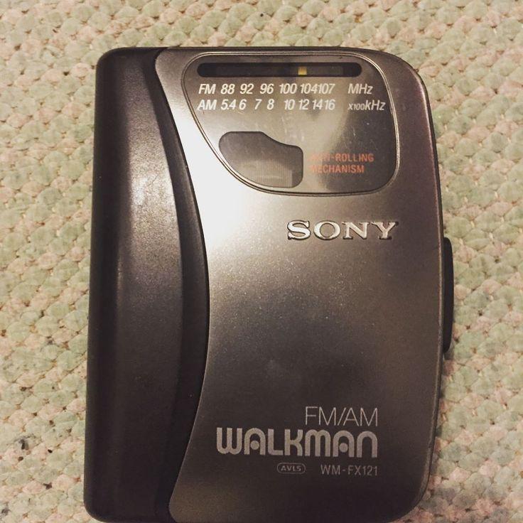 Music old school Walkman it also has an fm/am radio #Walkman #sony #music #oldschool