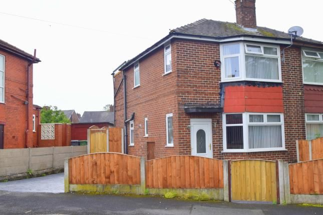 3 Bed Semi-detached House For Sale, Scholes Street, Chadderton, Oldham OL9, with price £121,250. #Semi-detached #House #Sale #Scholes #Street #Chadderton #Oldham