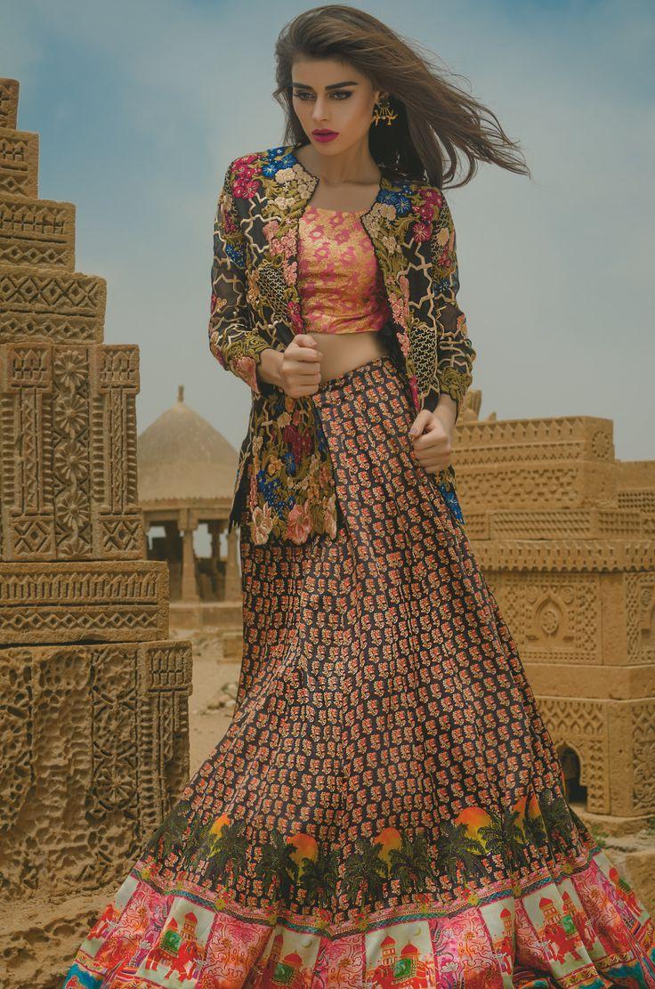 Jet Sunset (C50) For queries, orders and appointments kindly email at info@tenadurrani.com or contact +92 321 232 4600. Shop now at http://www.tenadurrani.com/jet-sunset #TenaDurrani #PalaceWalk #SadafKanwal #Fashion #Pakistan