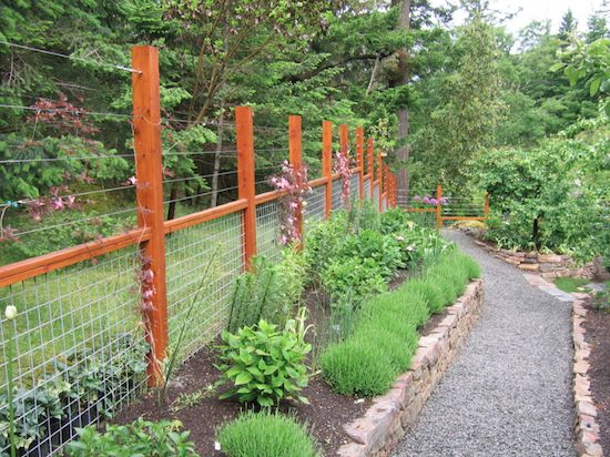 Building a Dream House: Oh Deer! 8 Beautiful Deer Fences