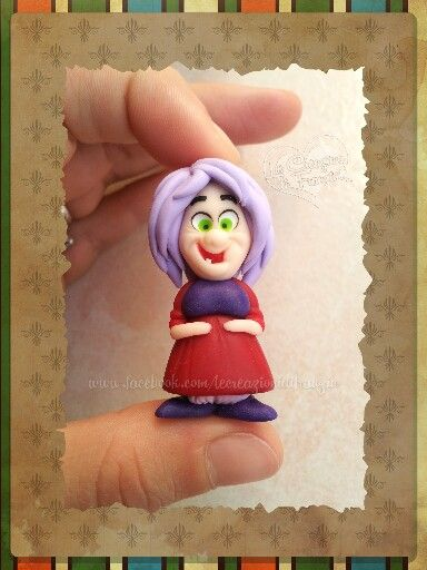 #maga #magò #mad #madam #mimi #disney #spada #nella #roccia #creazioni #franzin