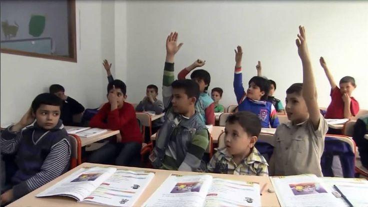Verborgen camera toont Syrische kinderen in Turks textielbedrijf | NOS