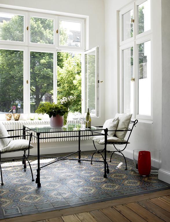 ber ideen zu zementfliesen auf pinterest fliesen wandkacheln und fu b den. Black Bedroom Furniture Sets. Home Design Ideas