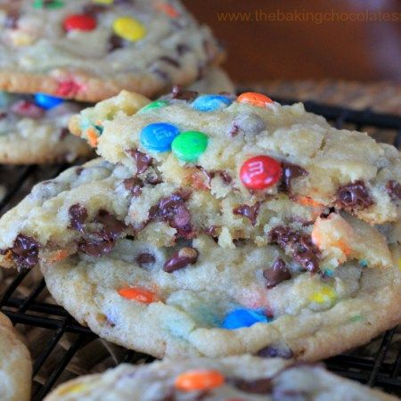 OMG! These OMG! Soft-Batch Mini M&M & Chocolate Chip Cookies could be the perfect ending (or start!) of each and every day, from this point forward, if it was up to my, what do you ca…