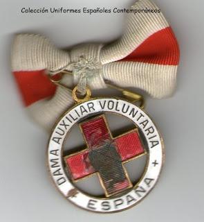 Distintivo de Damas Enfermeras Auxiliares de la Cruz Roja Española