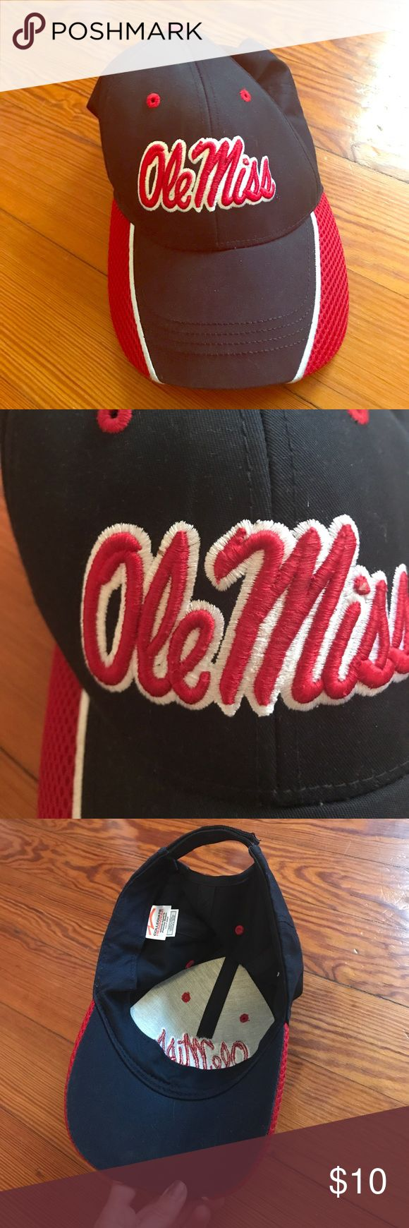 Ole Miss hat- never worn! In perfect condition. Never worn. Ole Miss Accessories Hats