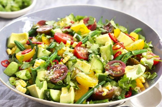 This Fresh Summer Vegetable Salad is perfect for family barbecues & picnics.