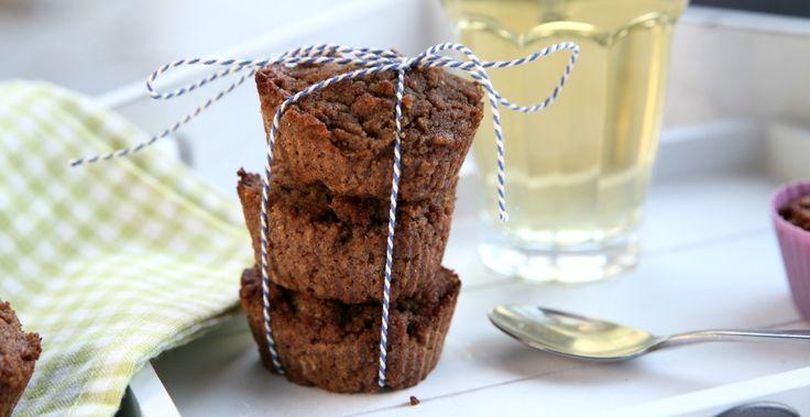 Speculaas cupcakes zijn makkelijk te maken en super lekker! Glutenvrij, lactose vrij en zonder geraffineerde suiker. Idaal voor de sint! ;)