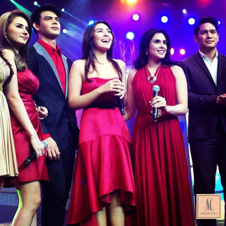 Gwen Zamora (center) in a Mariane Perez duchesse satin gown. As seen on Sunday All Stars.
