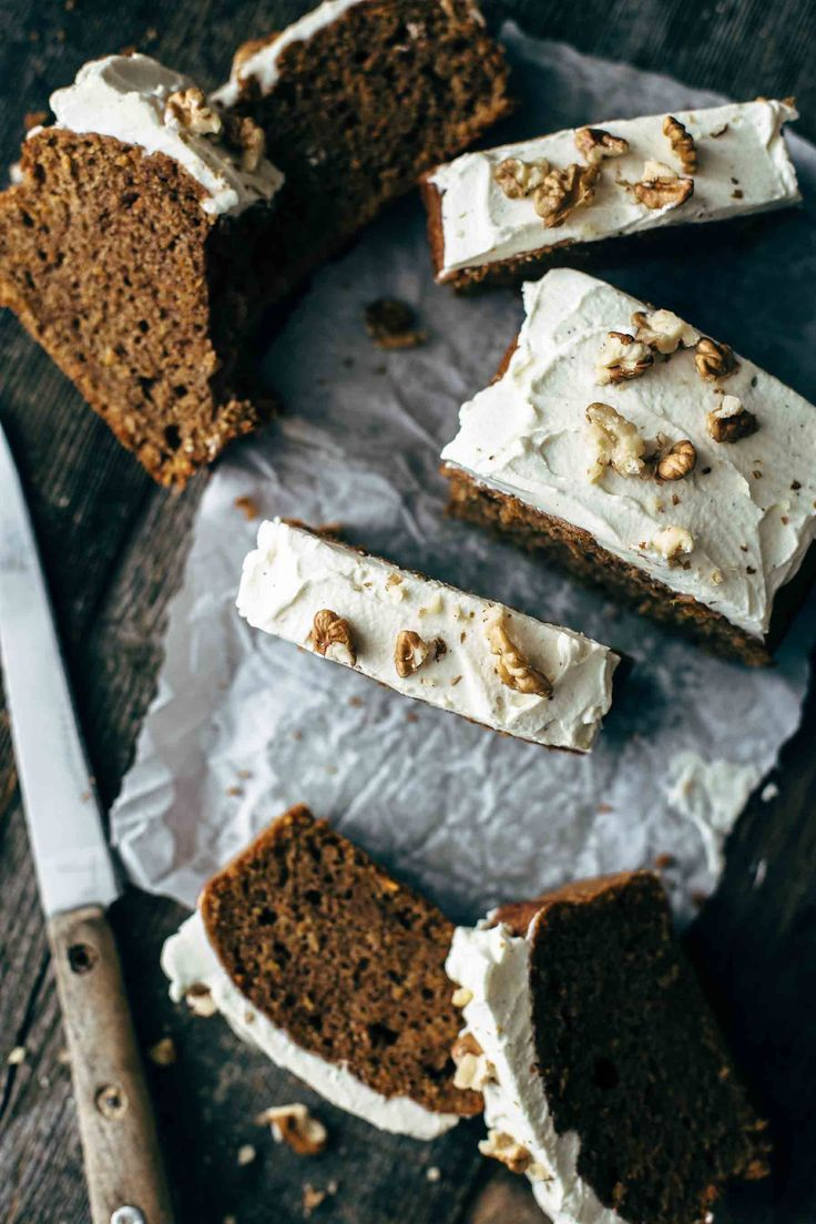 12 ingredients and 10 minutes active preparation time is everything you need to make this super soft and moist Carrot Cake Loaf with Cream Cheese Frosting. Perfect for lazy baking days. Intense cinnamon flavor guaranteed.
