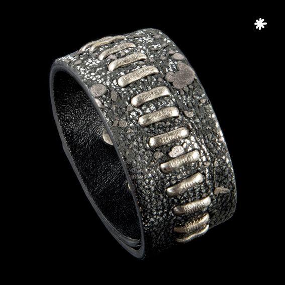 Hume - Human Métissage www.hu-me.eu #Handmade #bracelet #leather #metal