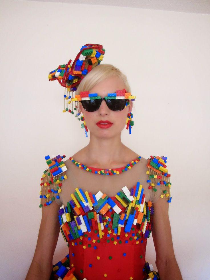 Wow! Wie cool ist dieses Kostüm bitte ❤ Lego La…