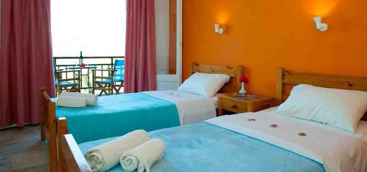La Grotta Hotel | Volimes The Hotel La Grotta is built at the edge of the beach in Agios Nikolaos in Volimes.