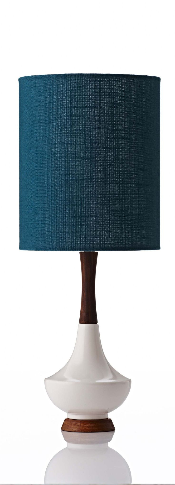 Electra small table lamp in ivy jungle