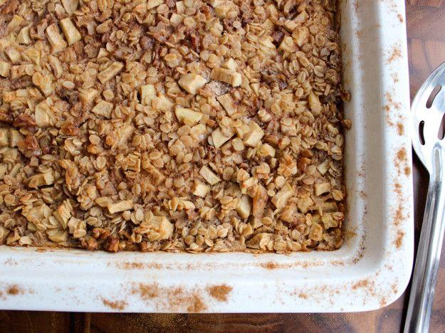 Cinnamon-Apple Baked Oatmeal