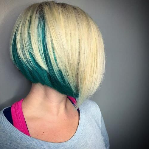 """low graduated bob with choppy texture and sharp angles"" // blue underneath"