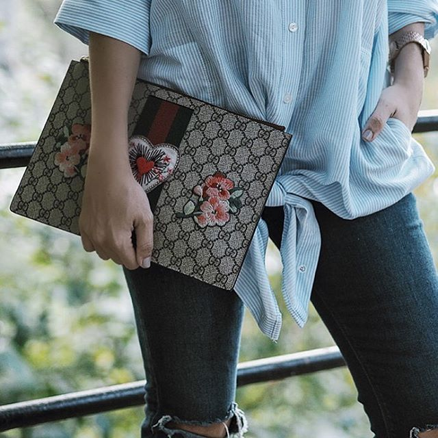 #gucci #clutch #monogram #patches #streetstyle