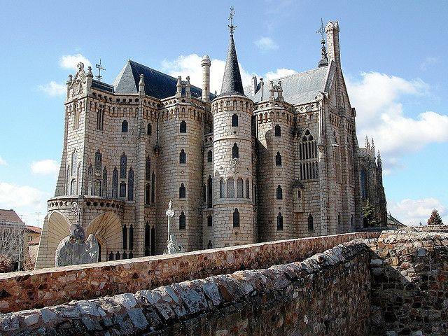 Palacio Episcopal, Astorga, Spain.