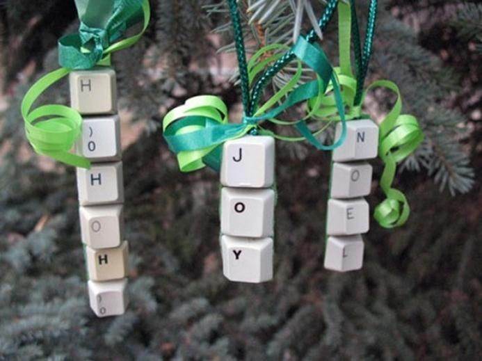 nerd christmas ornament | keyboard keys christmas ornament and keychain #geek #gift #nerdy #nerd ...