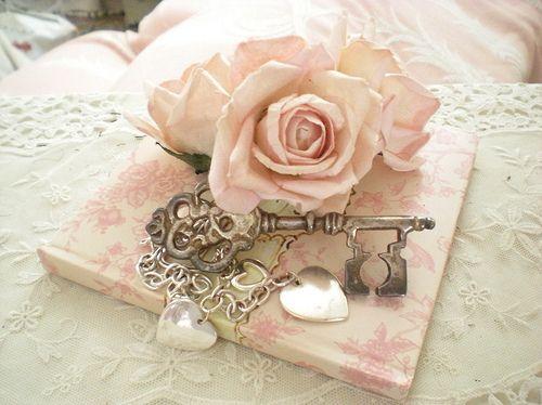 http://favim.com/orig/201106/22/book-cute-flower-hearts-key-lace-Favim.com-79169.jpg: Heart, Shabby Chic, Vintage, Keys, Roses, Pink Rose, Things, Pretty, Shabbychic