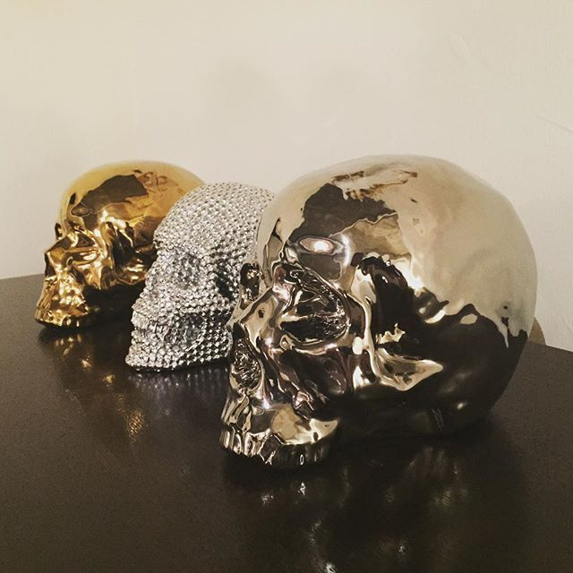 Decorate with daring and dramatic. Morton Skulls add a unique, bright accent to any room.