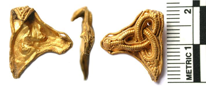 "NORFOLK, ENGLAND—A gold mount dating to the late sixth or early seventh century that was found in a Norfolk field may provide clues to the location of Anglo-Saxon settlements in the area. The piece, found near the town of Fakenham, may be from a sword grip, but experts have been unable to determine its precise function. The BBC reports that, according to the Portable Antiquities Scheme, the item is ""similar to sword-grip mounts from the Sutton Hoo ship burial and the Staffordshire Hoard."""