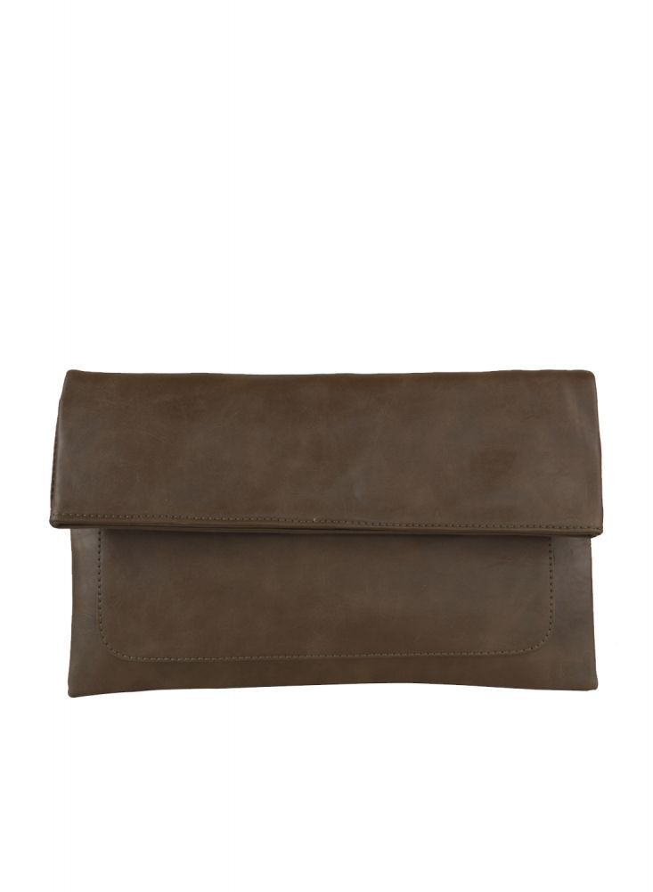 Freesia clutch bag #clutchbag #taspesta #handbag #clutchpesta #fauxleather #kulit #folded #dove #simple #casual #coffee  Kindly visit our website : www.bagquire.com