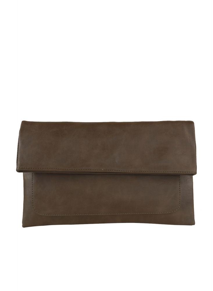 Freesia clutch bag #clutchbag #taspesta #handbag #clutchpesta #fauxleather #kulit #folded #dove #simple #casual #coffee  Kindly visit our website : www.bagquire.com
