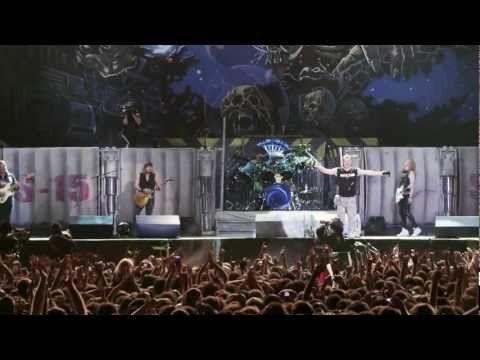 Iron Maiden - Running Free (En Vivo!)