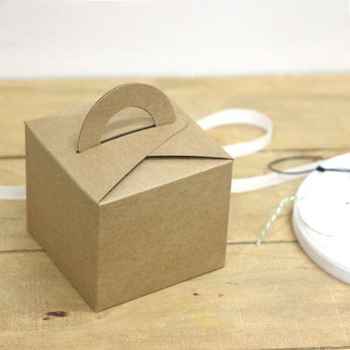 Mini Dessert Box – CardBoard | Miss Package #dessertpackaging #macaronpackaging #weddingpackaging #giftbox #takeoutbox #cutebox #pink #somthingpink