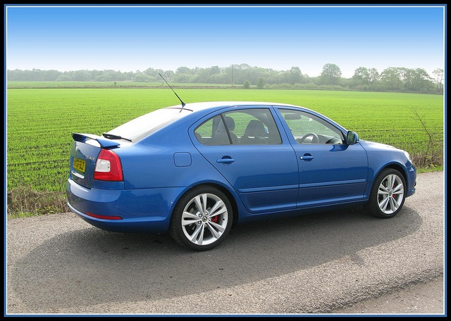 Skoda Octavia vRS - Race Blue by davekpcv, via Flickr