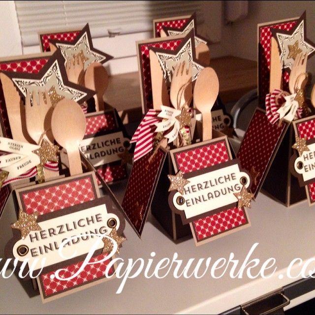 ... sie sind fertig :-) Fünf Einladungen zum Weihnachtsessen. Mehr auf www.Papierwerke.com