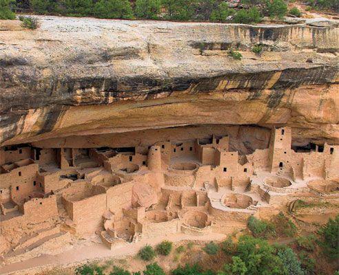 Mesa Verde National Park to see the Anasazi ruins.