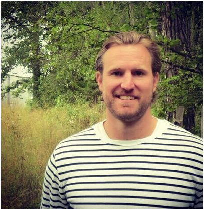 Niklas Kronwall. Met him in the gym the other day. He's got a great smile.