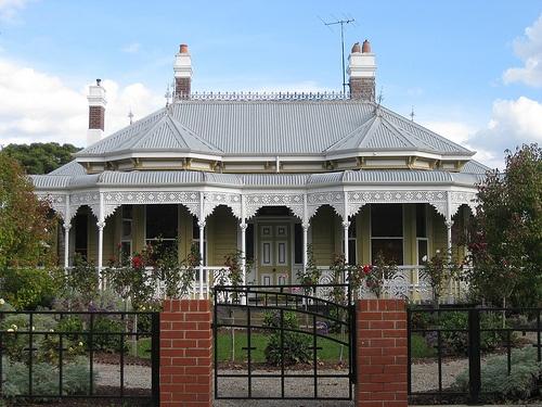 Kawarau ~ a Victorian Double Fronted Weatherboard Villa - Ballarat. Country Victoria. #Australia. Photo credits RAAEN99 Flickr