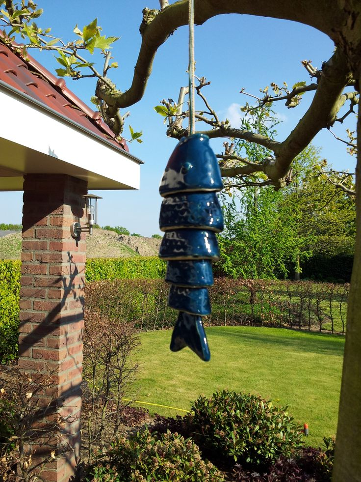 32 best images about zelf gemaakt on pinterest pallets for Koi fish wind chime