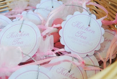 Little bags of pink & white m&m's with tag